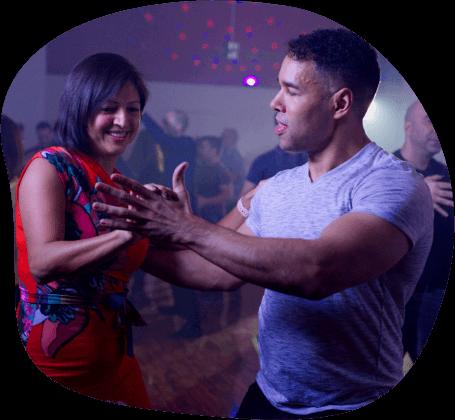 Learn salsa dancing in toronto
